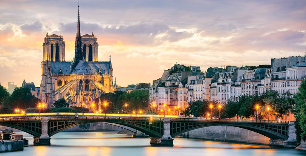Discover the romance of the French capital