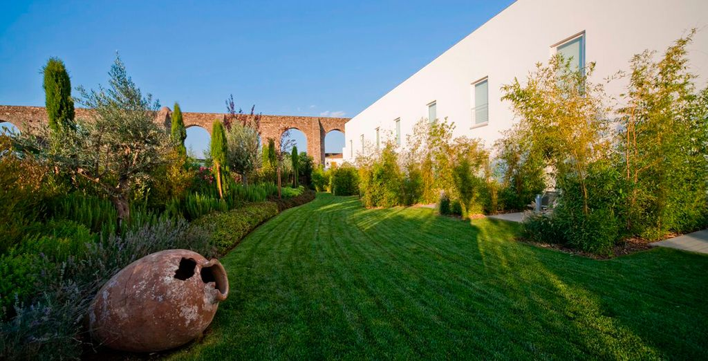 At this relaxing retreat - M'AR De AR Aqueduto 5* Evora