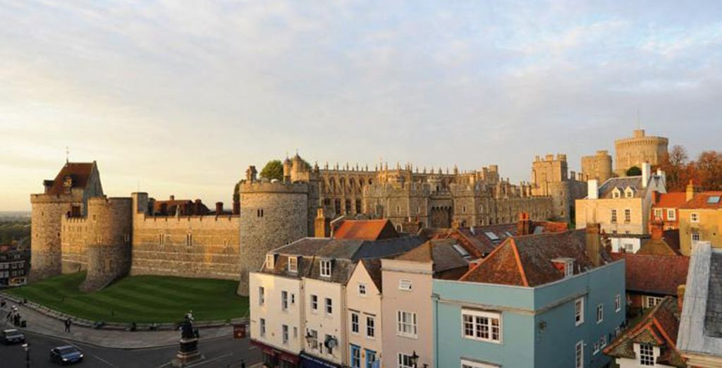 The hotel is just 2 minutes from Windsor Castle