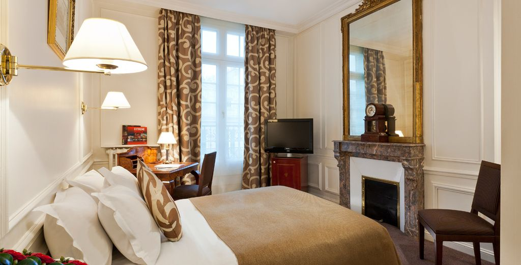 Where your Superior Room features wood panelling and period features