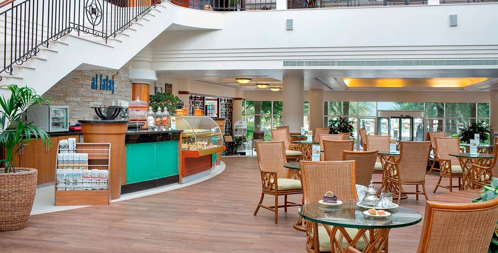 Stop off for a snack - all inclusive dining is included with this offer