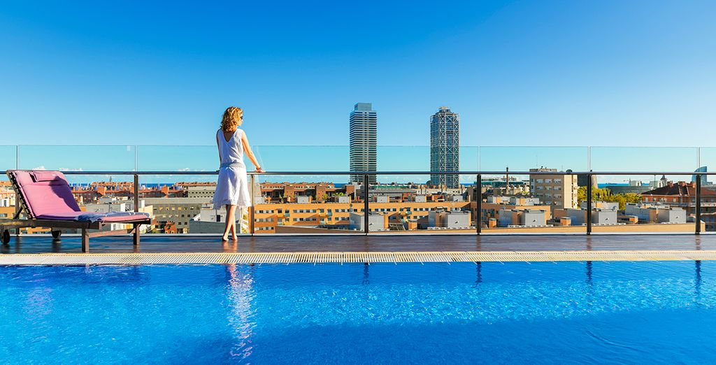 Discover the Skyline Terrace at H10 Marina Barcelona - H10 Marina Barcelona 4* Barcelona