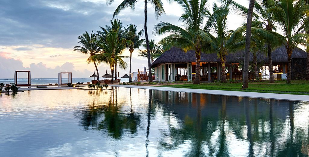 Awake to views of the Indian Ocean - Outrigger Mauritius Beach Resort 5* Bel Ombre
