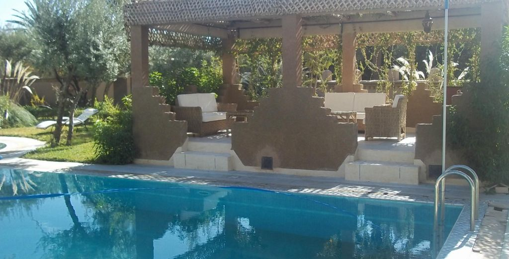 Which combines comfort, modernity and traditional Moroccan architecture