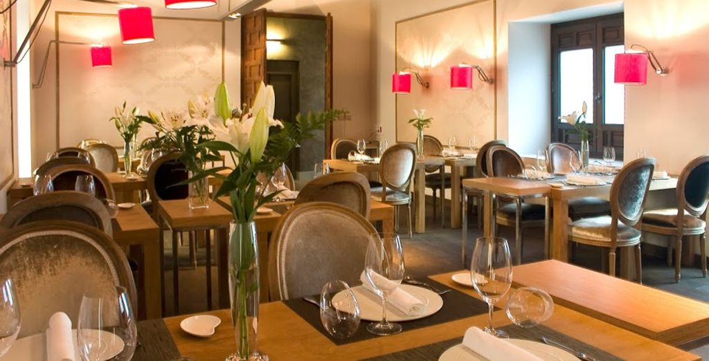 Then savour some delicious tapas at the restaurant