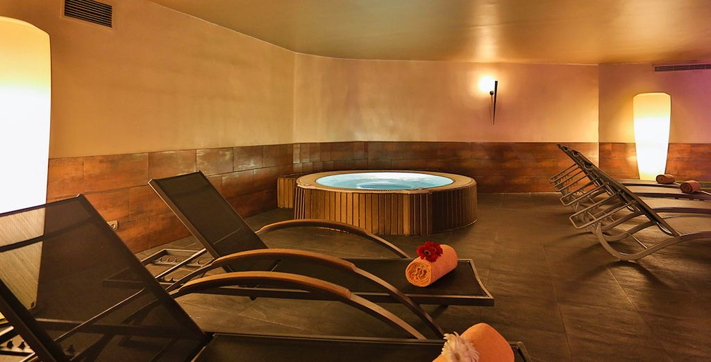Relax at the spa, where you have a 15% discount