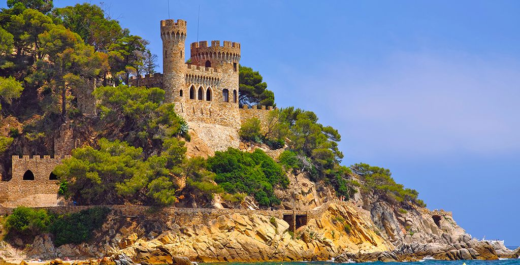 And don't miss the famous castle of Sant Joan ...