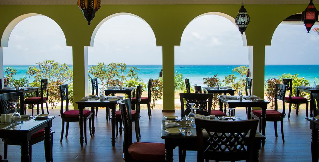 Dine in the spacious and airy Aqua Restaurant - it's all-included!