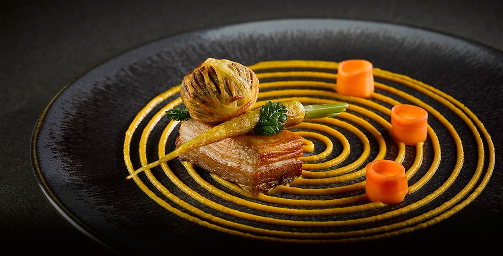 You'll be treated to a 3-course a la carte or fine dining menu