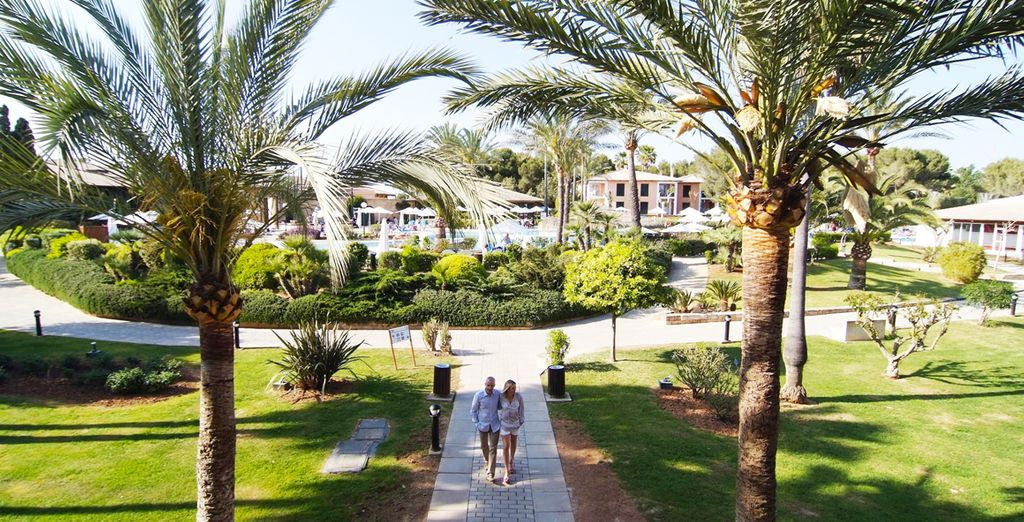 Welcome to the Blau Colonia Sant Jordi Resort & Spa 4 *