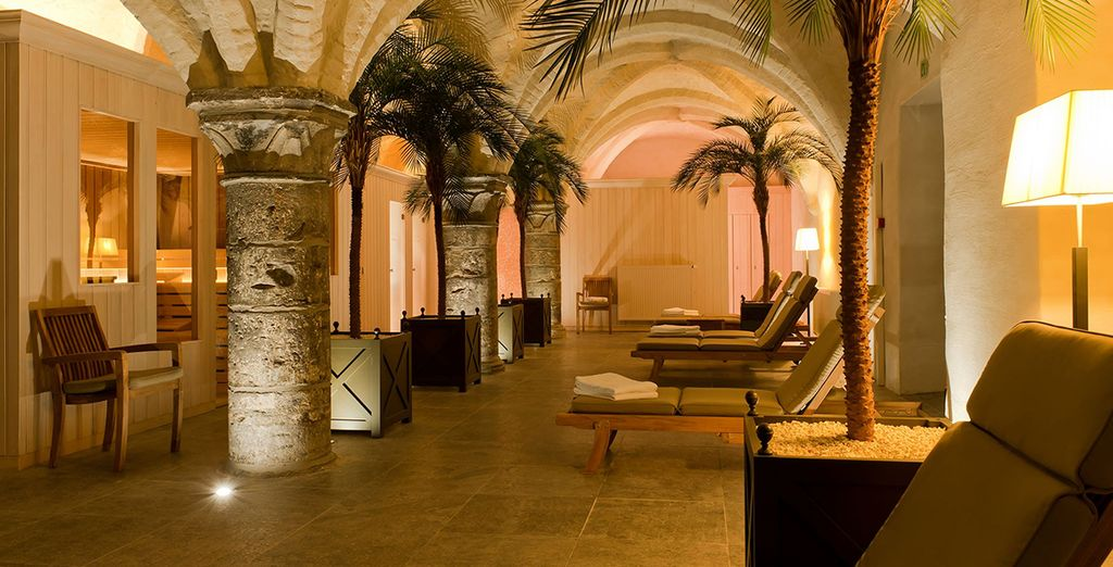 Unwind in historic spa cellars, which date back to the 14th century - Grand Hotel Casselbergh 4* Bruges