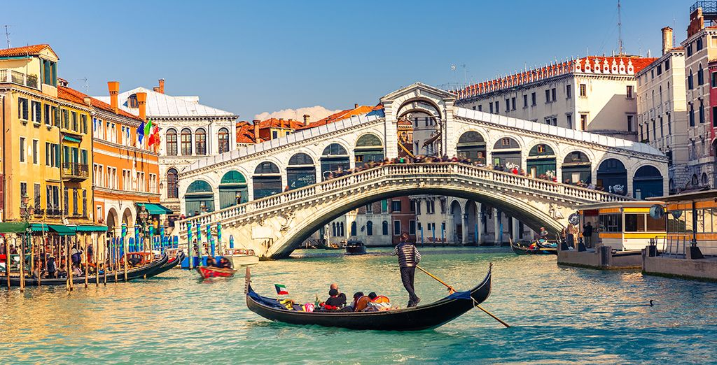 You are just a short stroll from the Rialto Bridge and other famous sights