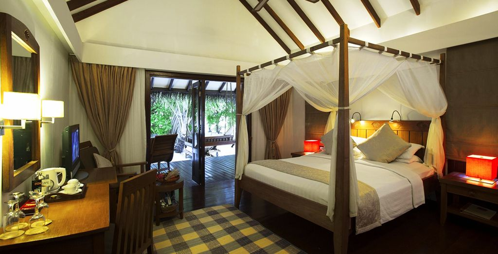 With spacious rooms complete with a four-poster bed