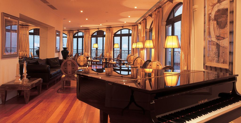 After a day spent exploring, spend an evening at the piano bar
