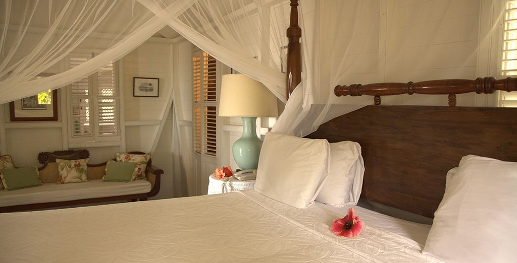With comfortable and cosy four poster canopy beds