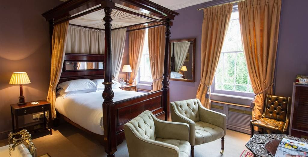 Where you equally regal room is waiting