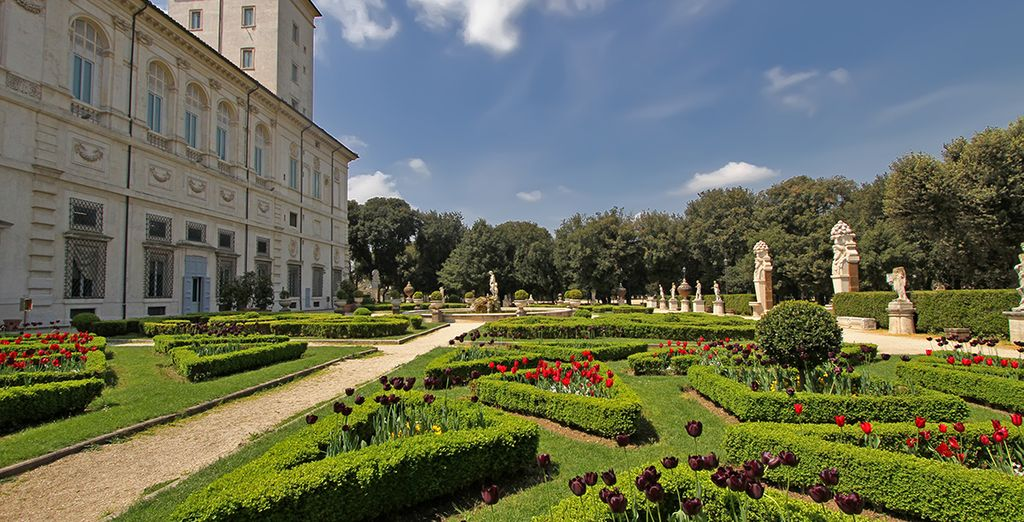 Just a few steps from the Villa Borghese