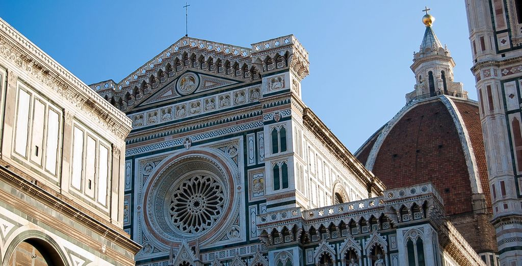 Just a 5 minute walk from the amazing Duomo