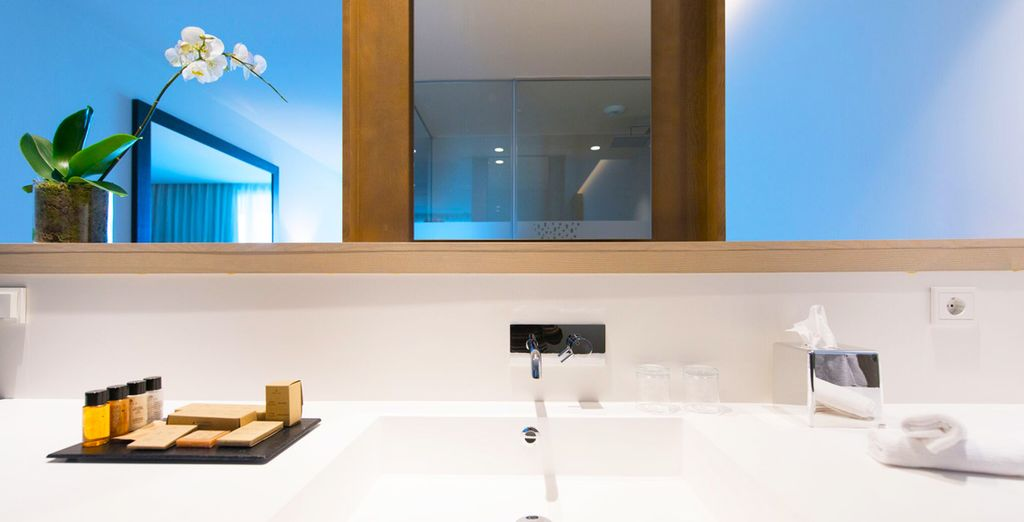 Complete with sleek modern bathroom