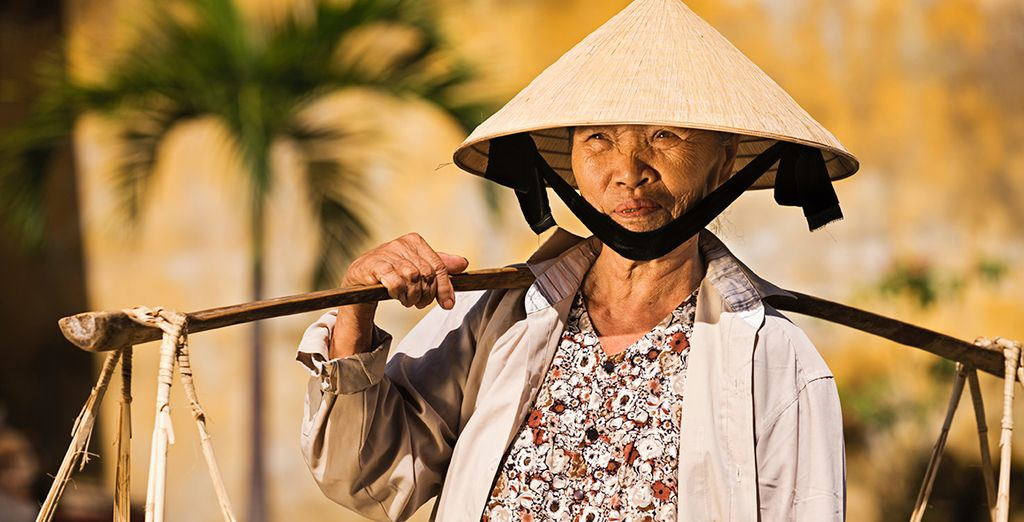Learn about Vietnamese culture and culinary traditions from the locals