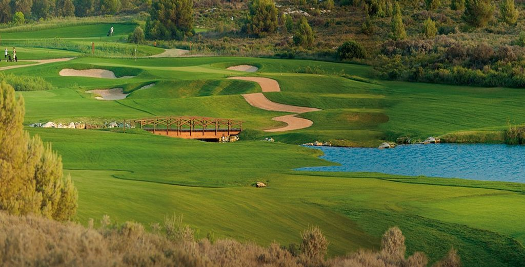 A 18-hole par-71 course, elegantly redesigned by Hurdzan – Fry