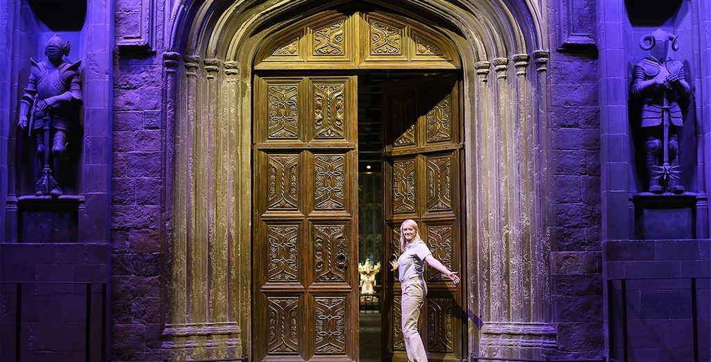 Step onto iconic sets like the Great Hall and Diagon Alley