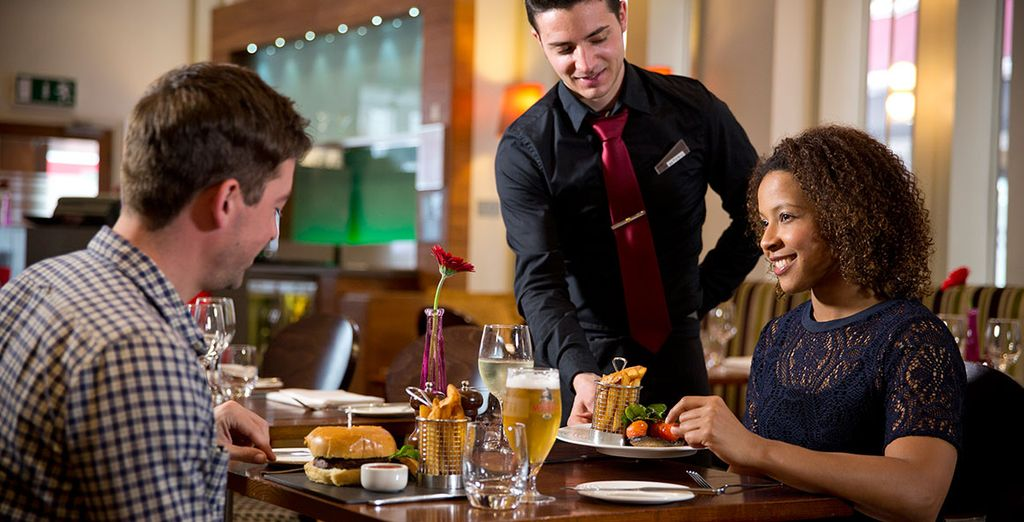 Enjoy delicious meals and snacks in the hotel restaurant