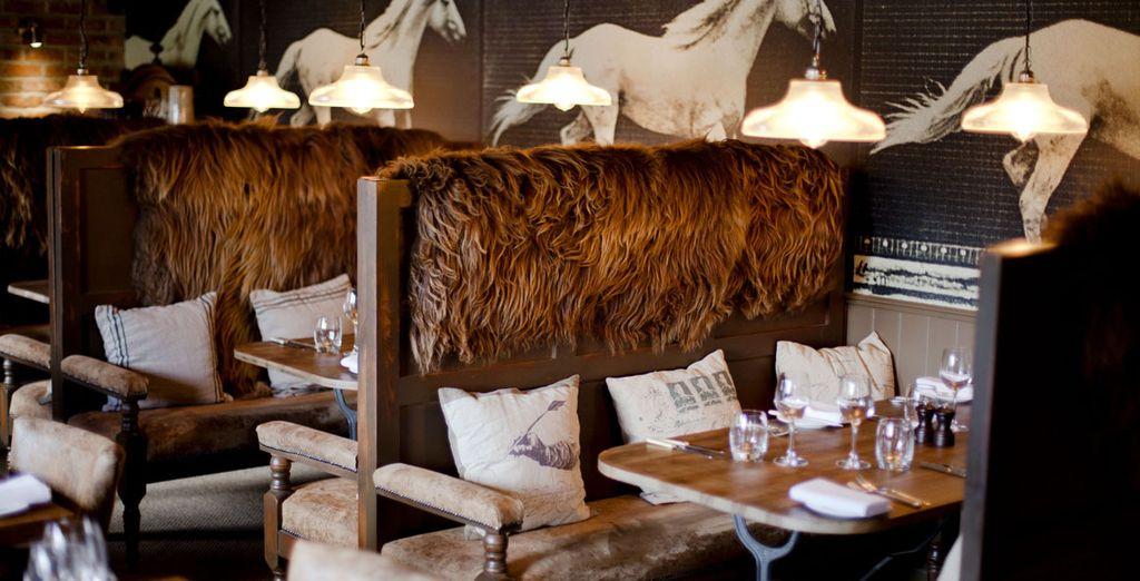 This fantastic restaurant and hotel combines rustic elegance