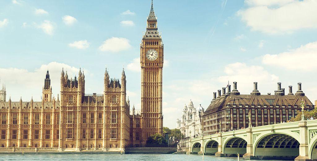 Explore London's iconic sights...