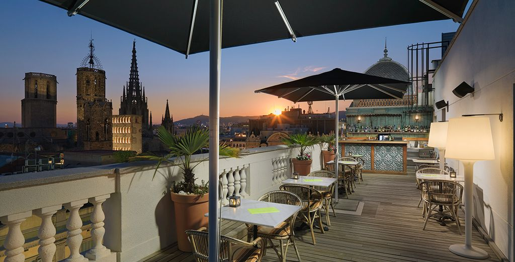 A superb, luxury hotel in the heart of the city