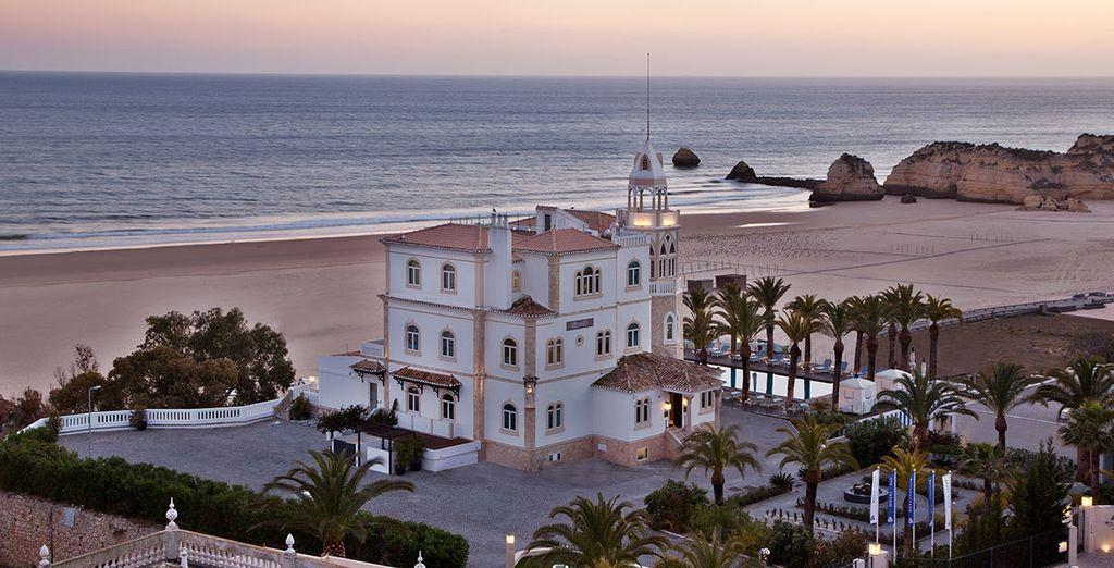 Located in the Algarve's Praia da Rocha area