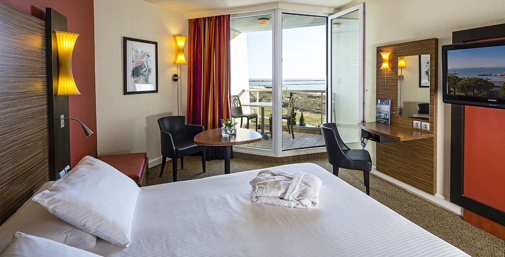 Where you can enjoy a Sea View Room