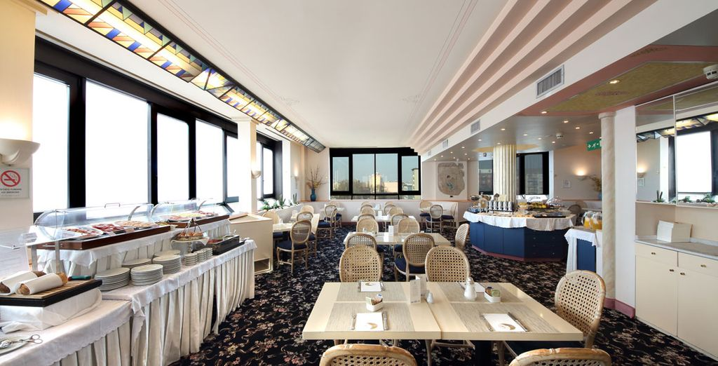 Enjoy breakfast every morning in the hotel's bright & airy restaurant