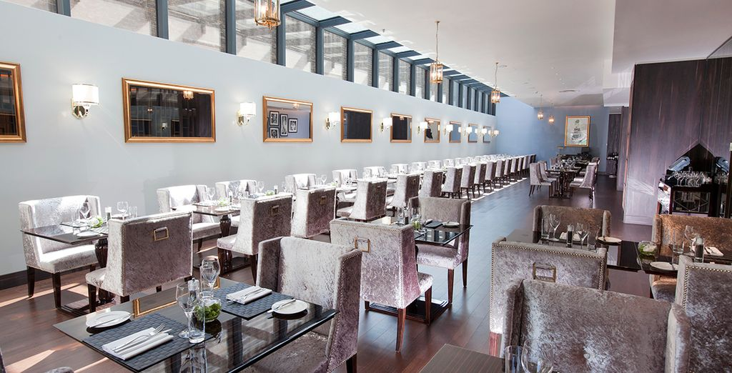 Or an elegant dinner in a choice of 2  stylish restaurants