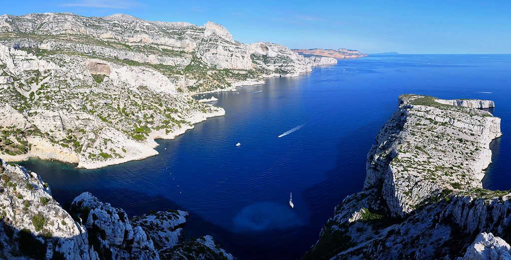 Discover the beauty of Marseille and its surroundings