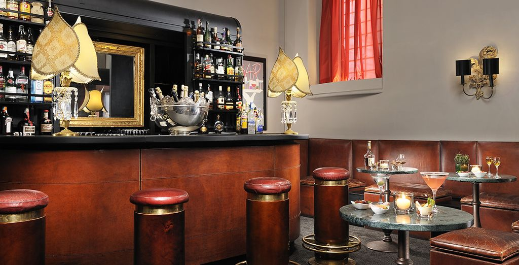 Then return to the hotel's bar for an aperitif