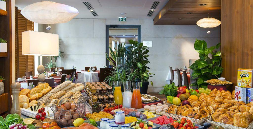 Enjoy great meals starting from breakfast