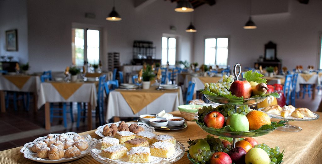 Your daily breakfast buffet includes home made cakes and typical Tuscan delights