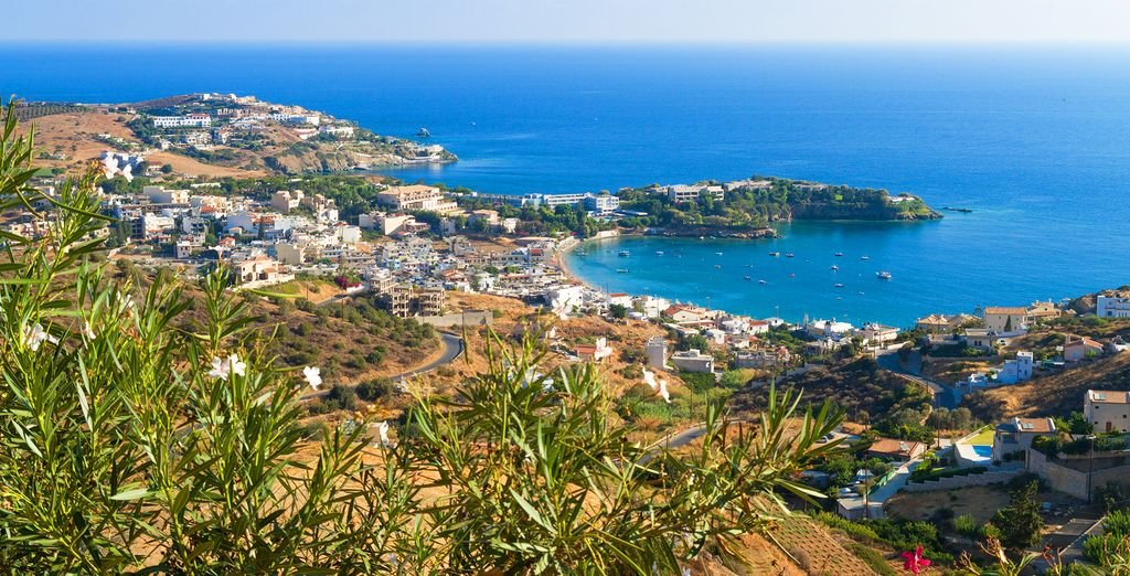 Explore Crete, beautiful islands in Greece during your holidays
