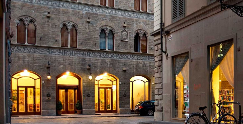 Hotel Pierre 4* - booking with Voyage Privé