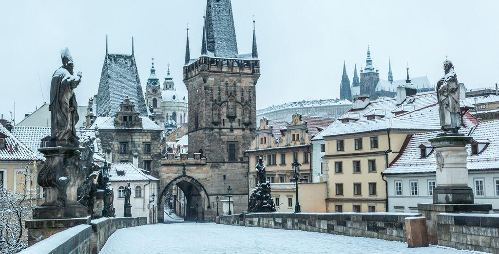 Discover Prague under the snow