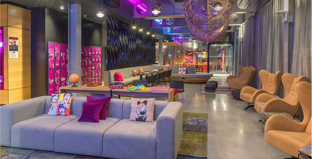 Moxy London Excel 3* with Thames River Cruise - Design hotel in London