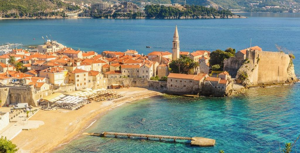 Choose the best hotel in Montenegro with Voyage Privé