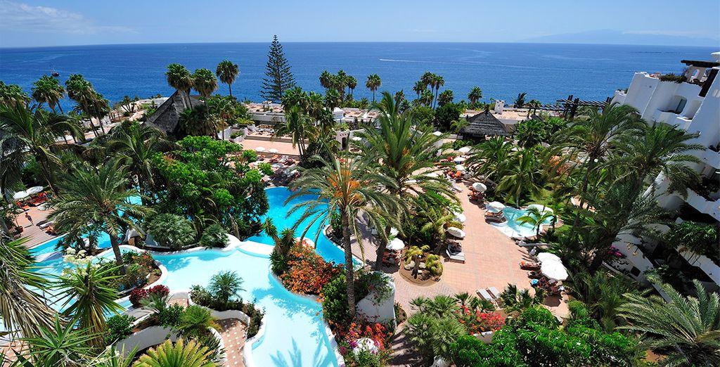 Hotel Jardín Tropical 4* - book a room with Voyage Privé