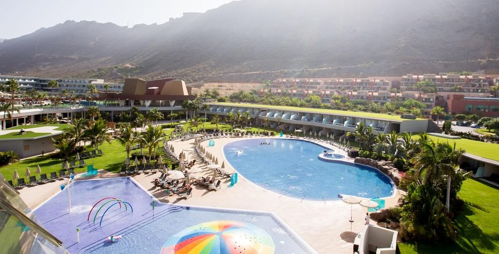 Last minute holidays deals to the Canary Islands