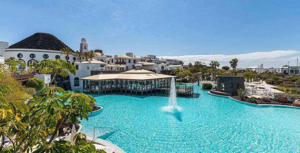 Hotel The Volcan Lanzarote 5* - hotel in Lanzarote