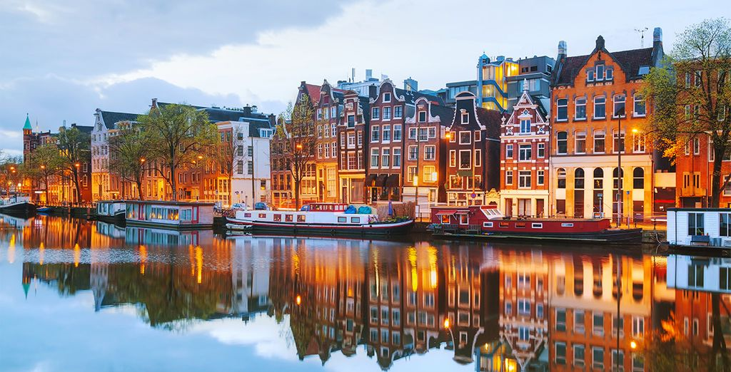 Find the perfect hotel in Amsterdam