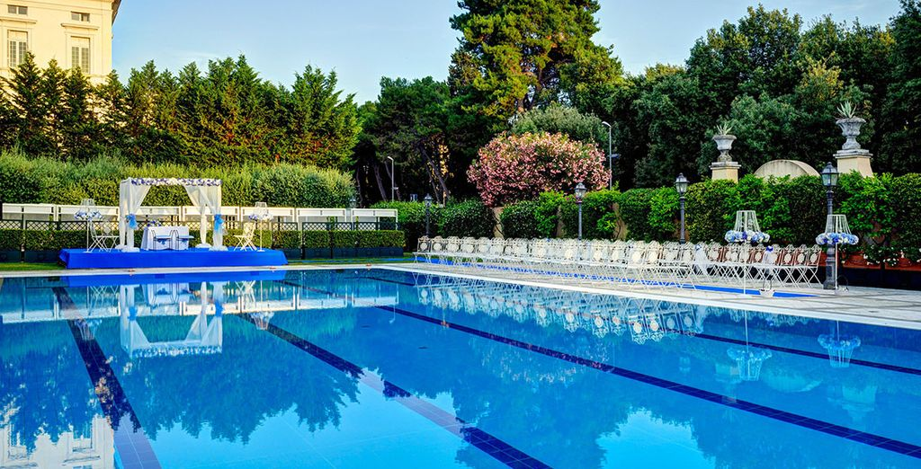 Next to the Villa Borghese park and surrounded by a stunning botanical garden