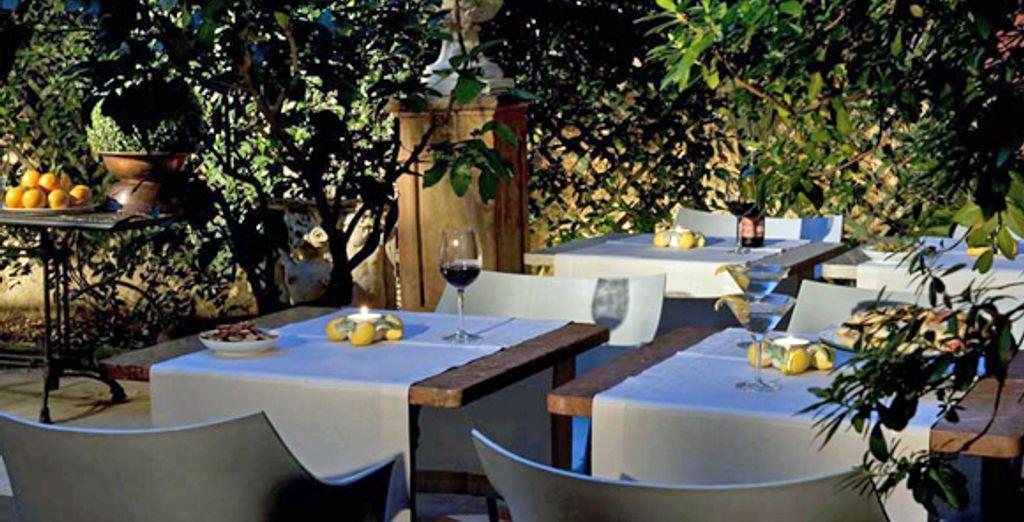- Hotel Palazzo dal Borgo**** - Florence - Italy Florence