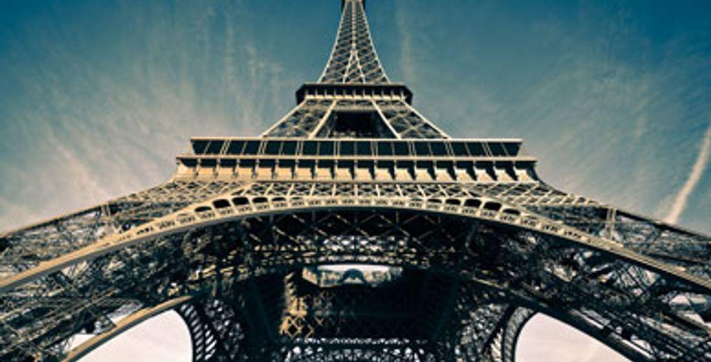 - Hotel Vernet**** - Paris - France Paris